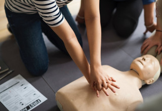 Why it's a great idea to get CPR certified - Why it's a great idea to get CPR certified